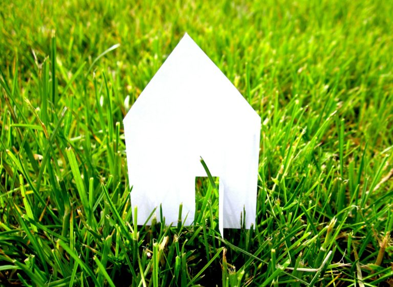 Read more about the article 10 Ways To Save Energy At Home